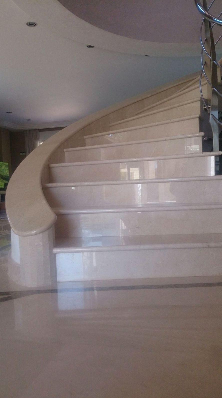 Escalera Mármol Crema Marfil 3